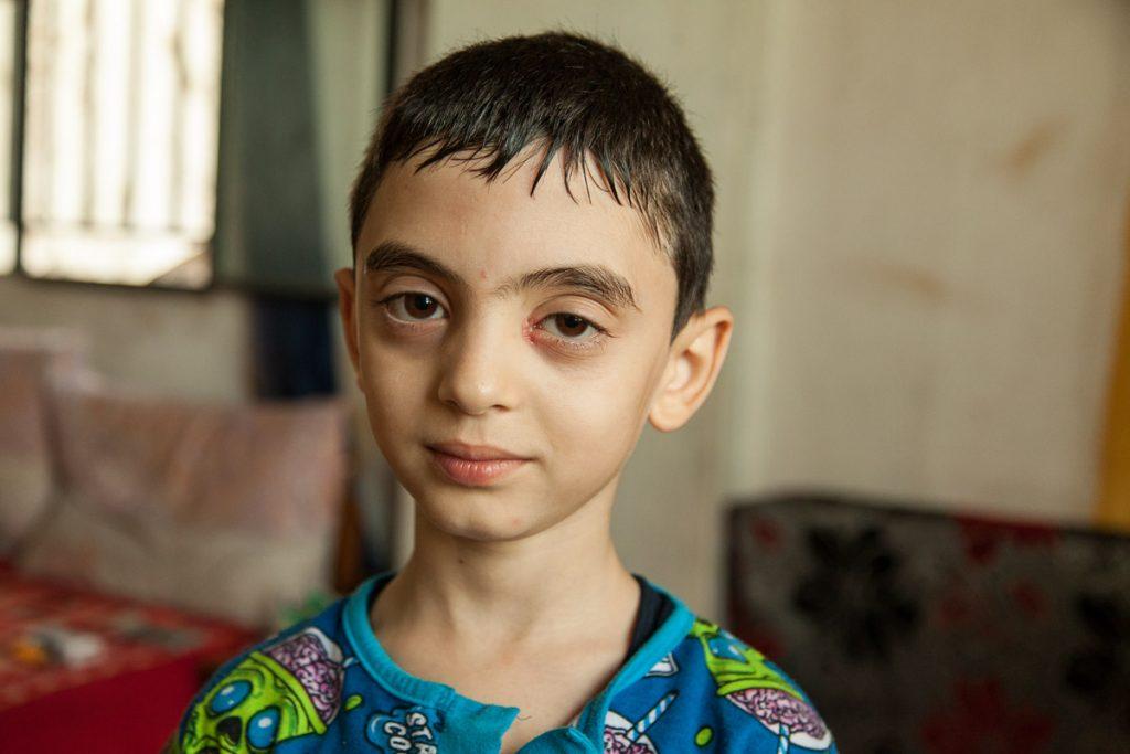 Motaz ist oft traurig und vermisst seinen Vater, der bei einem Luftangriffen auf Damaskus starb, sehr. (Libanon 2016)